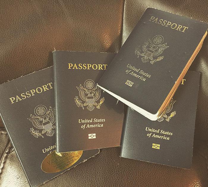 pasaportes Cassandra de Pecol